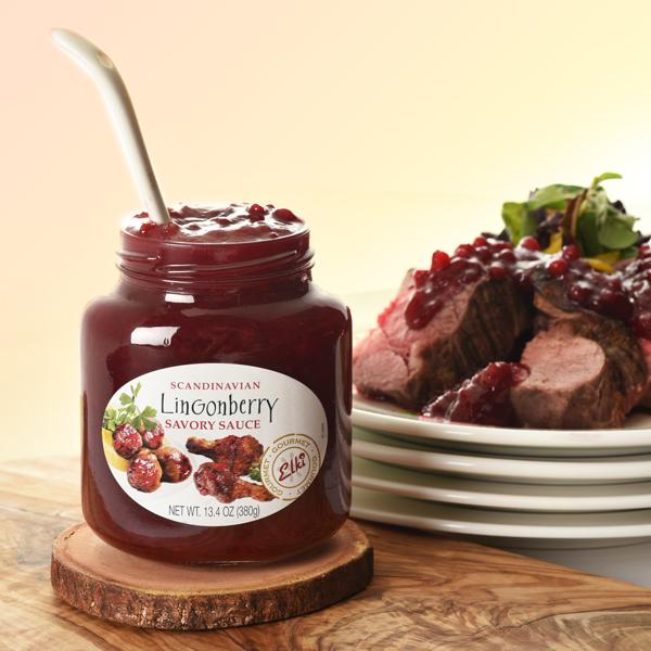 Elki 124E Scandinavian Lingonberry Savory Sauce with roast beef