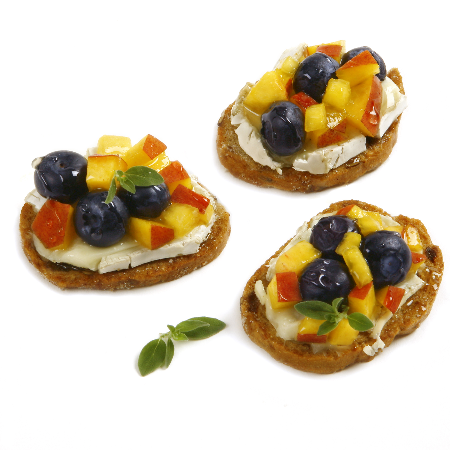 blueberryfruitycrostini_group.jpg